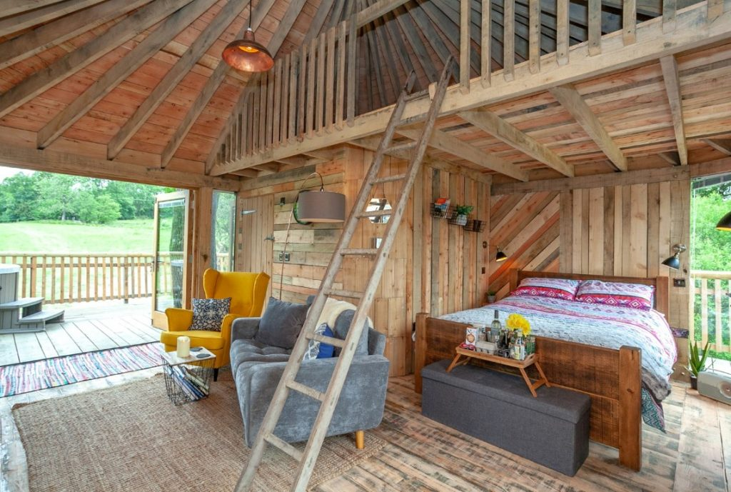 Treehouse Interior 12