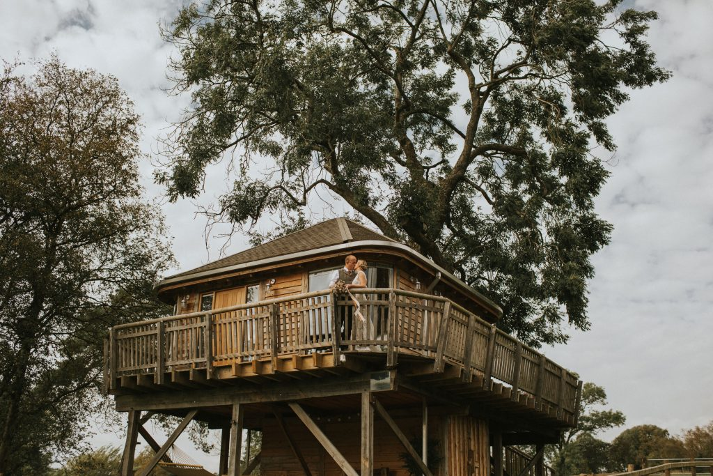 Private treehouse for vow renewal ceremony